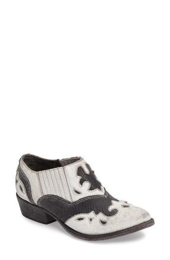 Women's Matisse Steely Western Bootie M - White