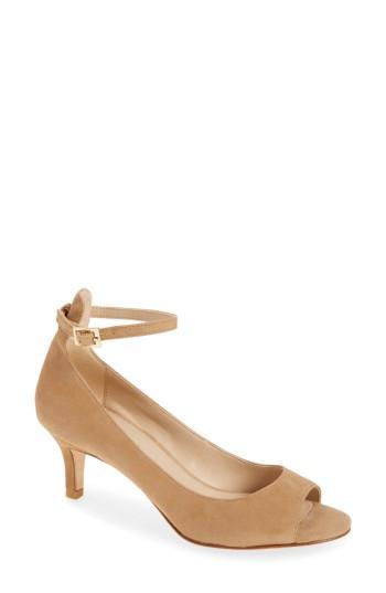 Women's Pelle Moda Bey Open Toe Pump M - Brown