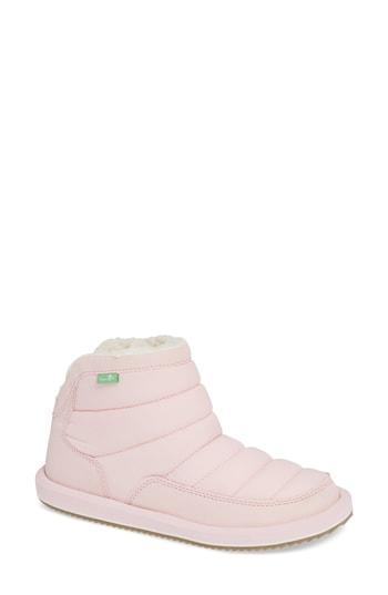 Women's Sanuk Puff N Chill Boot M - Pink
