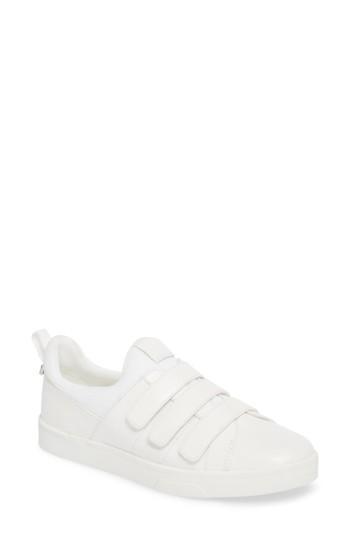 Women's Calvin Klein Irah Sneaker .5 M - White