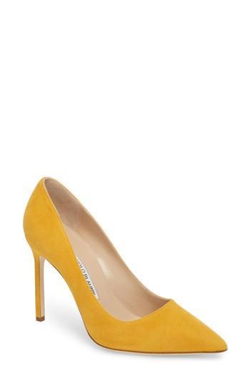 Women's Manolo Blahnik 'bb' Pointy Toe Pump Us / 39eu - Yellow