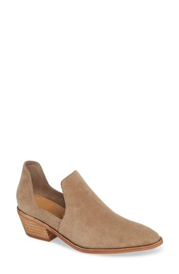 Women's Chinese Laundry Focus Open Sided Bootie M - Beige
