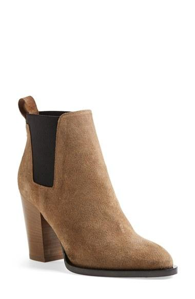 Women's Vince 'edith' Pointy Toe Leather Chelsea Bootie, Size