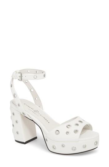 Women's Chinese Laundry Tara Grommet Platform Sandal M - White