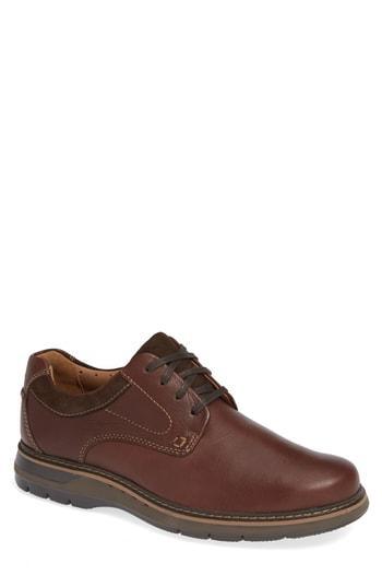 Men's Clarks Un. Ramble Plain Toe Derby M - Brown