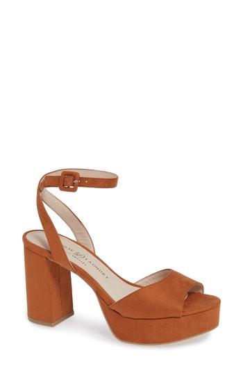 Women's Chinese Laundry Theresa Platform Sandal .5 M - Brown