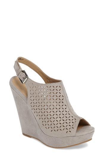 Women's Chinese Laundry Matilda Wedge Sandal .5 M - Grey