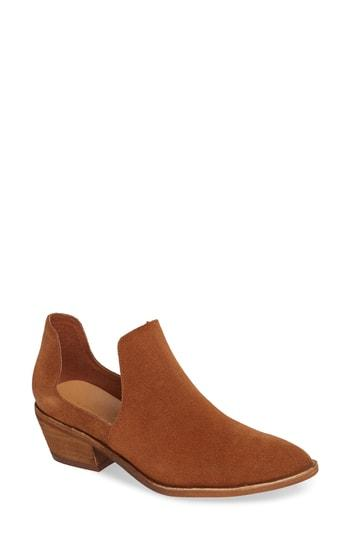 Women's Chinese Laundry Focus Open Sided Bootie M - Brown