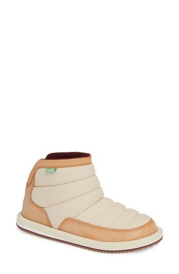Women's Sanuk Puff N Chill Boot M - Ivory
