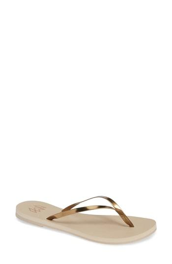 Women's Malvados Lux Thong Sandal /6 M - Metallic