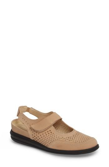 Women's David Tate Clever Slingback Sneaker .5 N - Beige