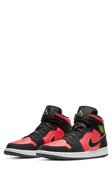 Women's Nike Air Jordan 1 Mid Sneaker M - Black