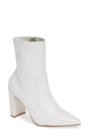 Women's Chinese Laundry Radiant Bootie M - White
