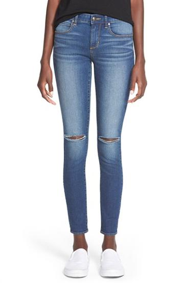 Junior Women's Articles Of Society 'sarah' Distressed Skinny Jeans (dark Wash)