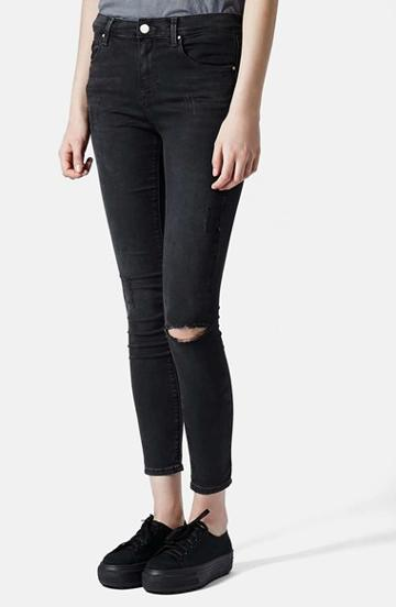 Women's Topshop Moto 'leigh' Ripped Skinny Jeans, Size 32 (30-31 Us) - Black (black) Black Size