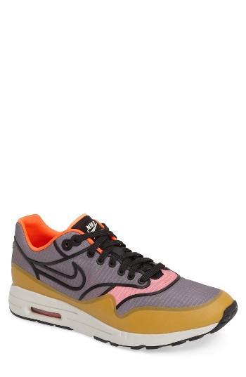 Women's Nike Air Max 1 Ultra 2.0 Si Sneaker