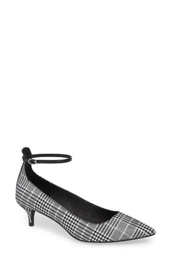 Women's Chinese Laundry Honey Ankle Strap Pump