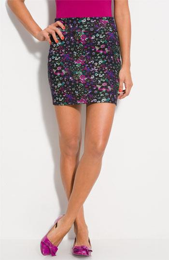 Lily White Banded Skirt (Juniors) Black Floral Print X-Small