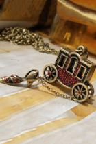 Oasap Pumpkin Carriage Pendant Red Rhinestone Embellished Necklace