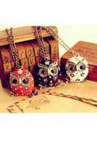 Oasap Rhinestone Embellished Owl-shaped Pendant Necklace