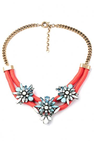 Oasap Floral Bib Necklace
