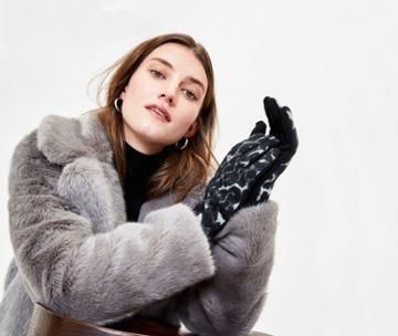 Oasis Leopard Print Gloves