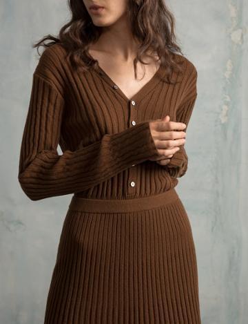 Pixie Market Brown Ribbed Knit Midi Skirt