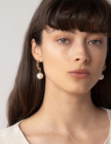 Pixie Market Chain Drop Pearl Earrings