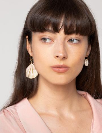 Pixie Market Mismatched Shell Earring Set