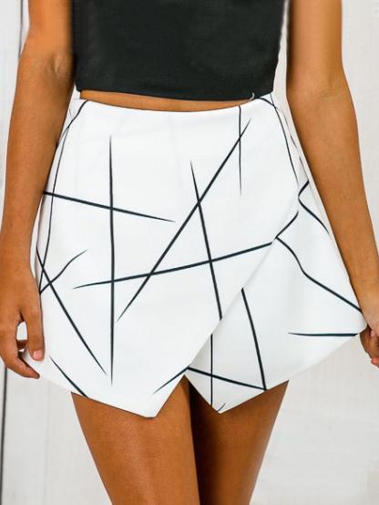 Romwe White Geo Print Wrap Shorts
