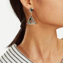 Romwe Plaid Detail Triangle Drop Earrings 1pair
