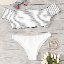 Romwe Striped Lettuce Trim Short Sleeve Bikini Set