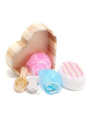 Romwe Bath Tool 5pcs With Heart Shaped Box