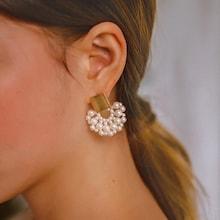 Romwe Square Decor Fan Shaped Faux Pearl Stud Earrings 1pair