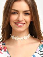 Romwe White Flower Lace Necklace