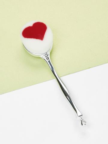 Romwe Heart Pattern Metal Handle Makeup Brush