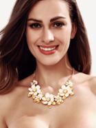 Shein White Resin Flower Chain Necklace