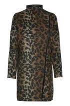 Amoura Coat