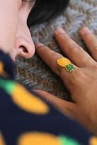 Resin Pineapple Ring