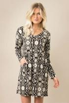 Moving-motif Pocket Dress