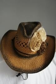 Two-tone Fabric-flower Hat