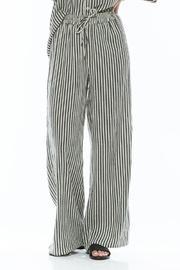 Stripe Wideleg Pant