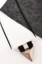 Vina Necklace-silver & Black