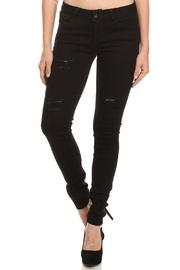 Viola Distressed Jeans