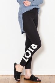 Riot Legging