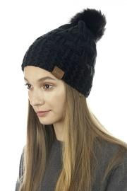 Two-stitches Pom-pom Beanie