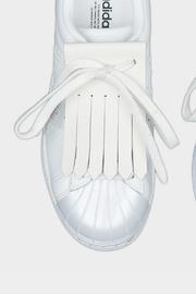 White Shoe Fringe