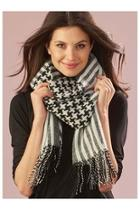 Houndstooth Woven Scarf