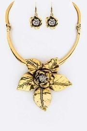 Metal Flower Necklace-set
