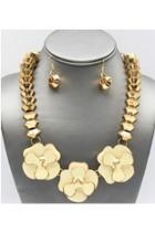 Liz Floral Necklace